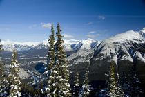 Views of the Bow Valley from the summit of Sulphur Mountain von Danita Delimont