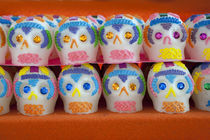 Sugar skulls (calaveras de azucar) for annual Day of the Dead (Dias de los Muertos) celebration in November von Danita Delimont
