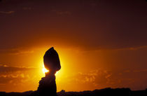 Balanced Rock silhouetted at sunset von Danita Delimont