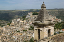 RAGUSA IBLA: Town View and Santa Maria delle Scale Church von Danita Delimont