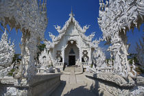 The new all white temple of Wat Rong Khun in Tambon Pa-Or Donchai designed by Chalemchai Kositpipat by Danita Delimont