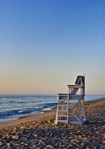 Lifeguard stand, Cape Cod, Massachusetts, USA by John Greim