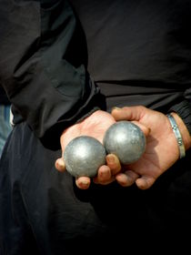 2 Boules by Lainie Wrightson