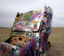 Cadillac Ranch 07 von Luc Novovitch