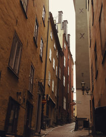 In the alley by Katja Kaikkonen