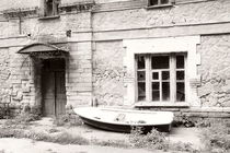 Old house with a boat von Alexandr Verba