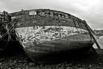 Old abandoned ship by RicardMN Photography