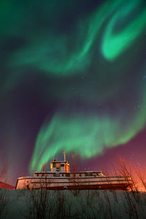 steamboat under northern lights (Aurora borealis) by Priska  Wettstein