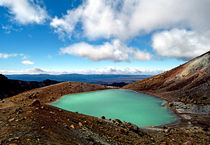 Emerald Lake Tongariro Crossing Volcanic Plateau North island New Zealand by Kevin W.  Smith
