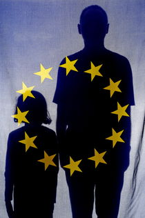 Silhouettes behind European Union Flag by Sami Sarkis Photography
