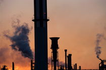 Rf-berre-factory-silhouette-smokestacks-sunset-idy025