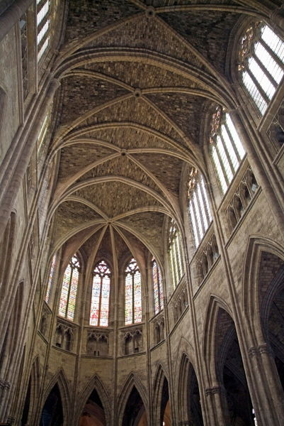 Rf-bordeaux-cathedral-ceiling-intricate-ornate-lan0270