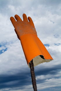 Rf-clouds-france-protection-rubber-glove-sky-lan0559