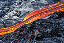 River of molten lava von Sami Sarkis Photography