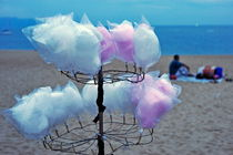 Cotton candy on stall von Sami Sarkis Photography