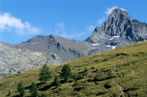 Mountain peak near Saint-Veran by Sami Sarkis Photography
