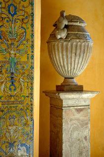 Rm-faience-moorish-sculpture-seville-tiles-vase-adl0291