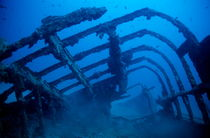 Rf-boat-decay-ruin-sea-shipwreck-sunken-uw166