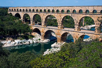 Rm-ancient-aqueduct-bridge-pont-du-gard-pro299