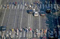 Rm-cars-pedestrians-zebra-crossing-fra242