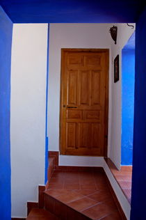 Rm-door-entrance-hotel-stairs-adl1479