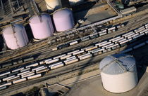Rf-france-industry-oil-tank-train-tracks-aer011