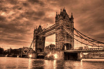 Tower bridge by deanmessengerphotography