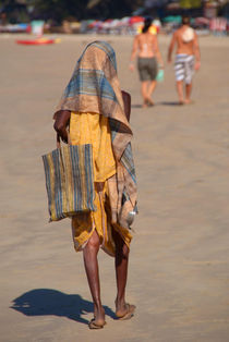 Beggar on Palolem Beach by serenityphotography