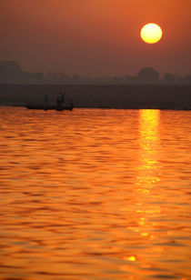 Sunrise-on-the-ganges-19