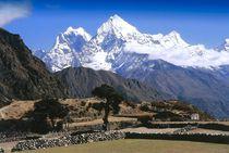 Nepal-khumbu-himal-blick-von-thame-auf-kangtega-und-thamserku