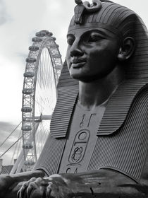 Sphinx and London Eye von David Halperin
