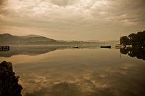Misty Morning Reflections On Ullswater von Derek Beattie