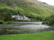 Kylemore Abbey, Connemara by Azzurra Di Pietro