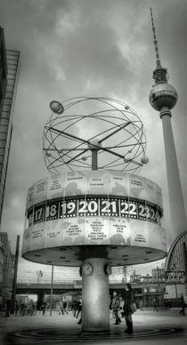 Weltzeituhr by Holger Brust