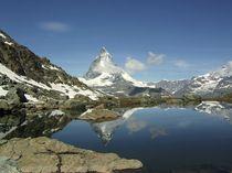 Matterhorn-4477m-a-riffelsee
