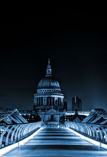 St Paul's cathedral in the blue