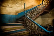 3-old-stairway