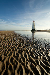 Talacre lighthouse by Wayne Molyneux