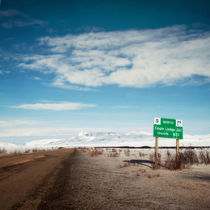 milepost at the Dempster Highway von Priska  Wettstein