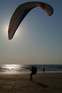 Learning to Paraglide Arambol by serenityphotography
