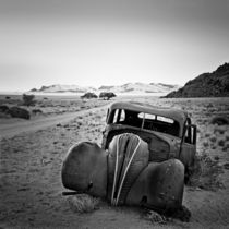Namibia: Oldtimer von Nina Papiorek