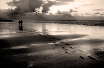 Footprints in the Sand by Wayne Molyneux