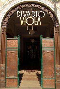 Divadlo-viola-theatre-prague-dot-jpg