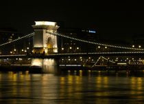 Joey-lawrence-szechenyi-chain-bridge