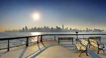 Sunrise-midtown-manhattan-at-the-piers-in-union-city-new-york