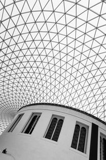 London: British Museum by Nina Papiorek