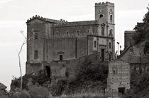Kirche-di-s-nicolo-savoca-sizilien-drehort-der-pate-schwarzweiss