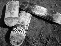 Cemetery of Skateboards by macrobioticos