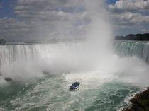 Niagarafälle; Ontario; Kanada by Mandy Siemon
