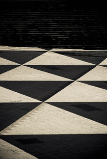Urban triangles by Lars Hallstrom